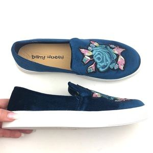 DIRTY LAUNDRY Foxglove Embroidered Slip On Sneaker